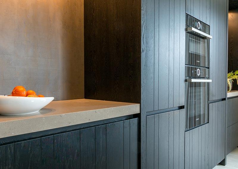 zwarte keuken van klomp keukens