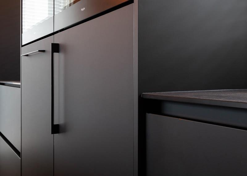 detail mat zwarte keuken